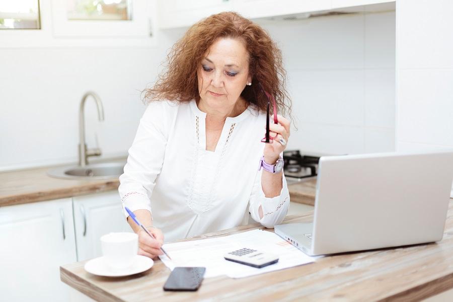 As regras de transição têm mudanças anuais que obrigam a quem pretende se aposentar a fazer contas.